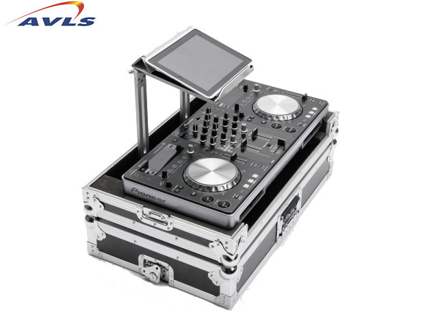 flight case en bois magma dj controller workstation xdj pour pioneer xdj r1 pas cher en vente. Black Bedroom Furniture Sets. Home Design Ideas